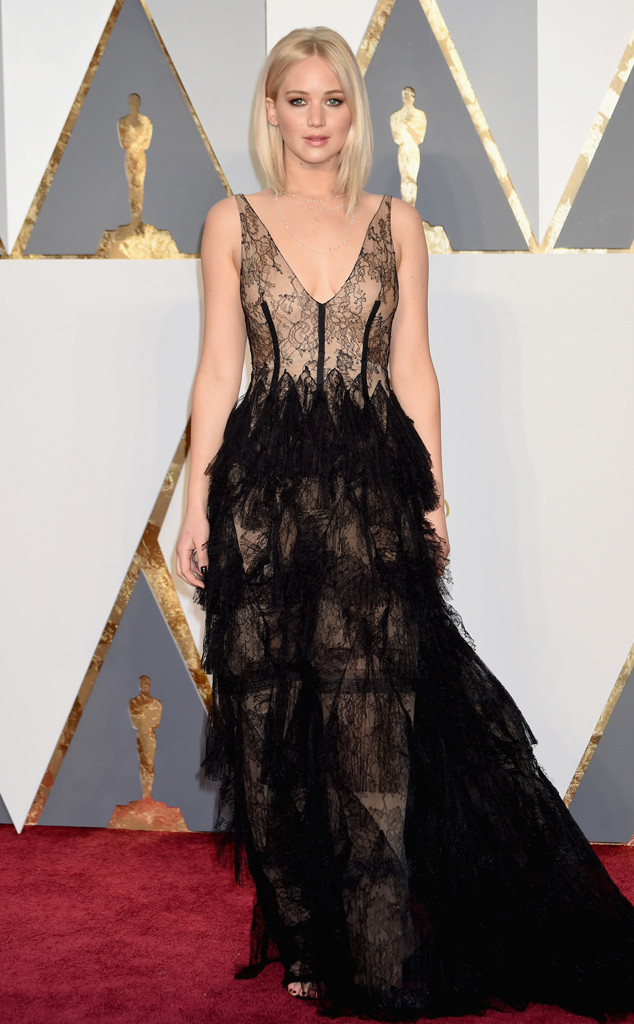 rs_634x1024-160228174238-634-2016-oscars-academy-awards-jennifer-lawrence